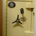 Dudley Euro graded safe with logo on keyhole